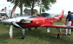 "850HP Turbo Lancair ""Turbulance"" flown by Mike Patey"