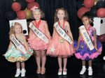 From (L – R): 2nd Runner-Up Shyanna McCarthy, 2017 Miss Wee Pop Addison Geiser, 1st Runner-Up Lillian Oswald, and 3rd Runner-Up Kendall Carter